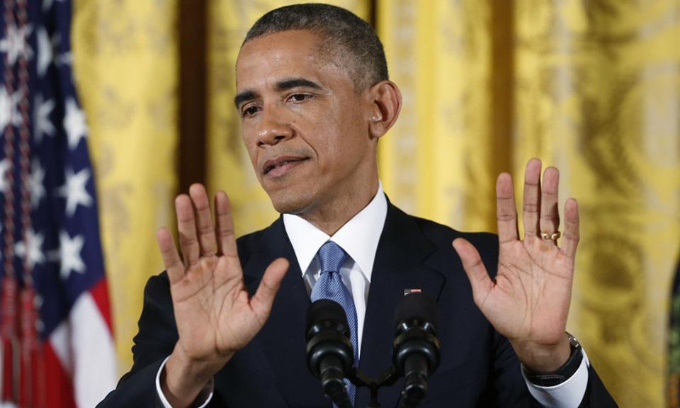 obama-hands-up-00.jpg